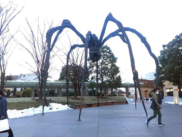 六本木ヒルズの蜘蛛のオブジェ
